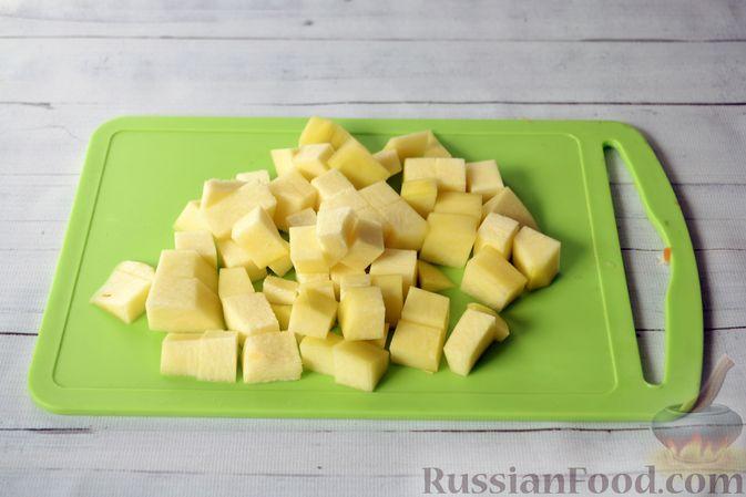 Фото приготовления рецепта: Куриный суп с тыквой и булгуром - шаг №9