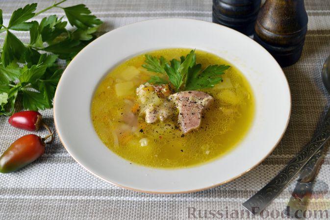 Фото приготовления рецепта: Куриный суп с тыквой и булгуром - шаг №13