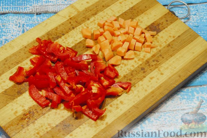 Фото приготовления рецепта: Овощной суп с фасолью и тыквой - шаг №5