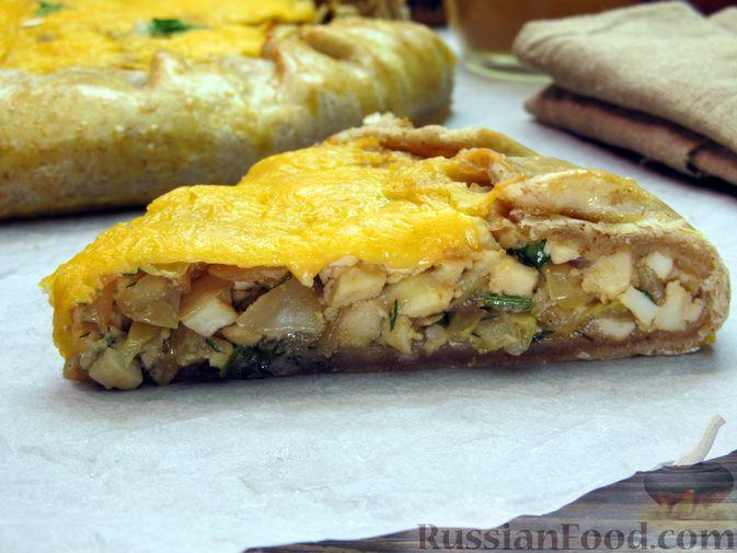 Фото приготовления рецепта: Открытый пирог с капустой и яйцами, на пиве - шаг №27