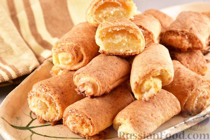 Фото к рецепту: Творожное печенье с кокосовой начинкой