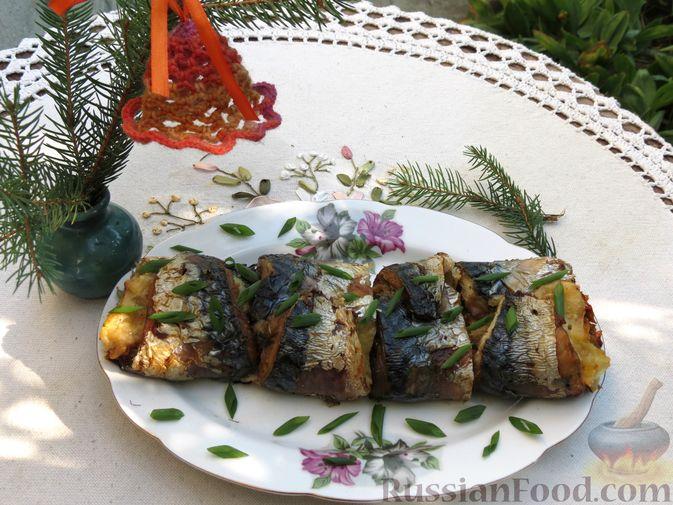 Фото приготовления рецепта: Рулеты из скумбрии с болгарским перцем, морковью и сыром - шаг №22