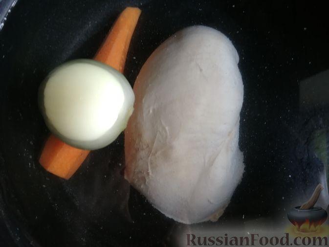 Фото приготовления рецепта: Лапша с тыквой, грибами и сыром - шаг №2