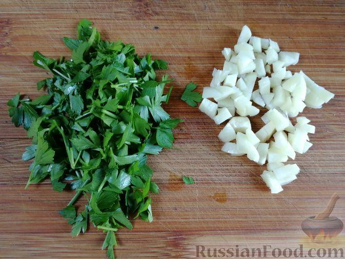 Фото приготовления рецепта: Лапша с тыквой, грибами и сыром - шаг №5