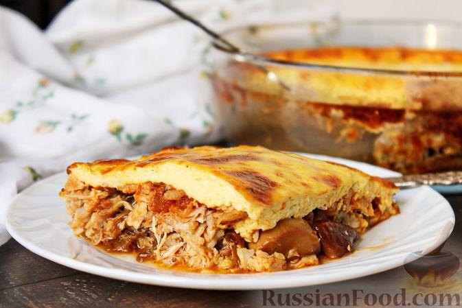 Фото приготовления рецепта: Запеканка из куриного филе с грибами и беконом, в сметанно-сырной заливке - шаг №16