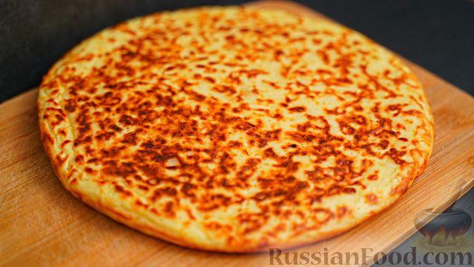 Фото приготовления рецепта: Ленивый хачапури на сковороде - шаг №6