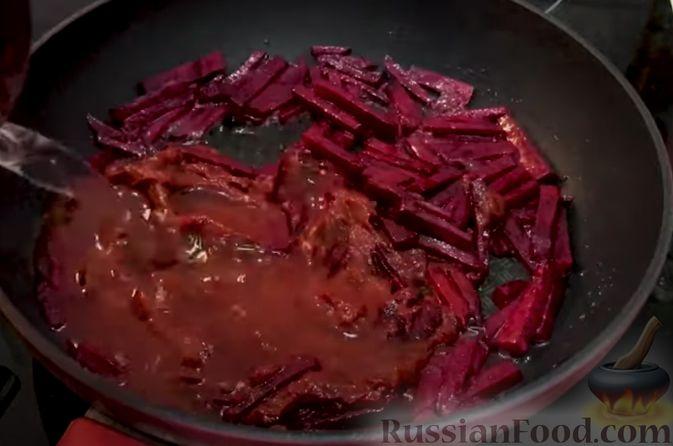 Фото приготовления рецепта: Борщ из говядины (со сливочным маслом и уксусом) - шаг №5