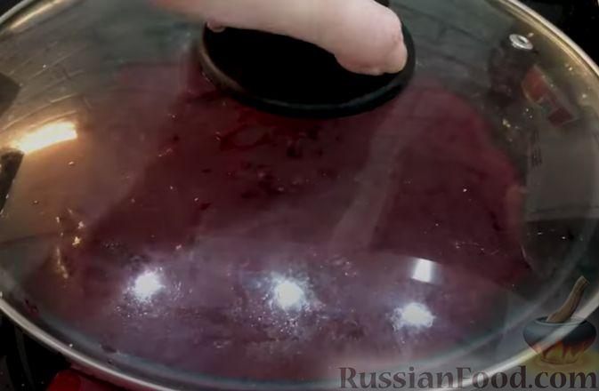 Фото приготовления рецепта: Борщ из говядины (со сливочным маслом и уксусом) - шаг №8