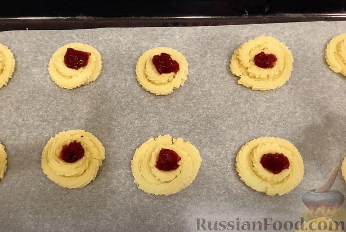 """Фото приготовления рецепта: Печенье """"Курабье"""" - шаг №5"""