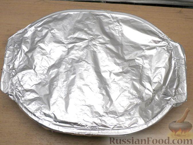 Фото приготовления рецепта: Запечённая свинина с айвой и тыквой - шаг №12