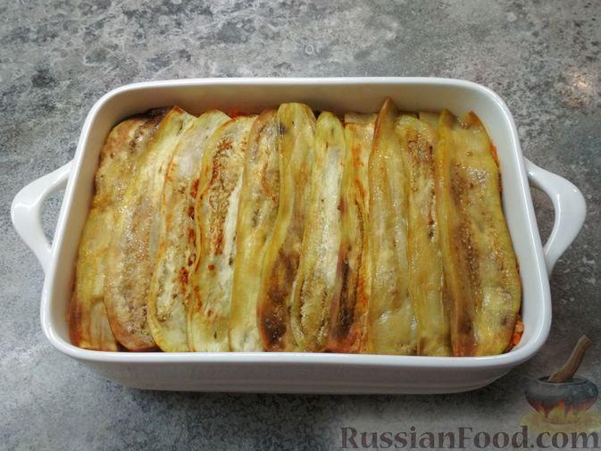 Фото приготовления рецепта: Запеканка из баклажанов, картофеля и мясного фарша - шаг №7