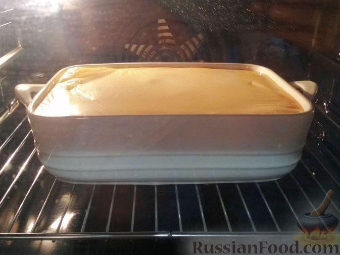 Фото приготовления рецепта: Запеканка из баклажанов, картофеля и мясного фарша - шаг №9