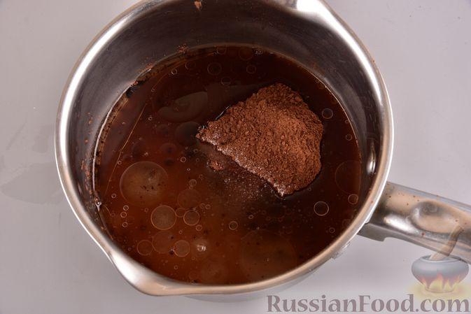 Фото приготовления рецепта: Постный шоколадный манник - шаг №10