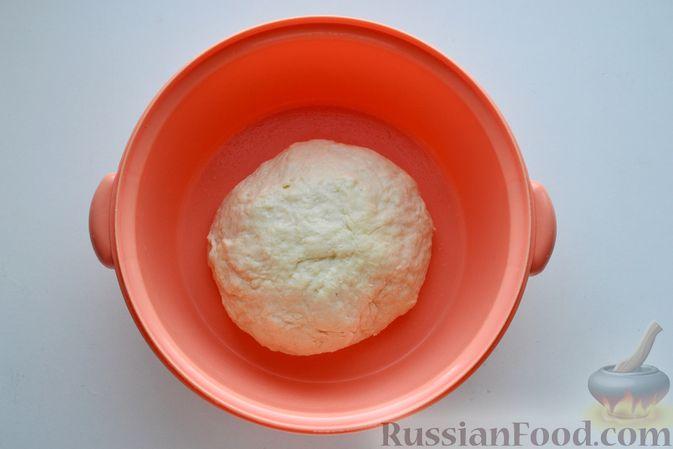 Фото приготовления рецепта: Куриный суп с жареными галушками - шаг №5