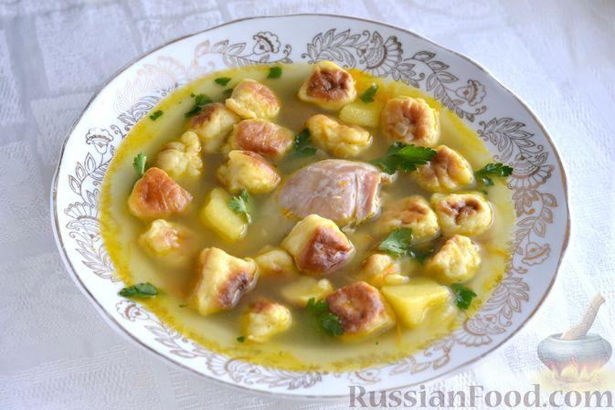 Фото приготовления рецепта: Куриный суп с жареными галушками - шаг №17
