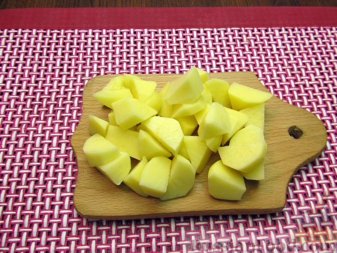 Фото приготовления рецепта: Пюре из кольраби, сельдерея, картофеля и яблока - шаг №4