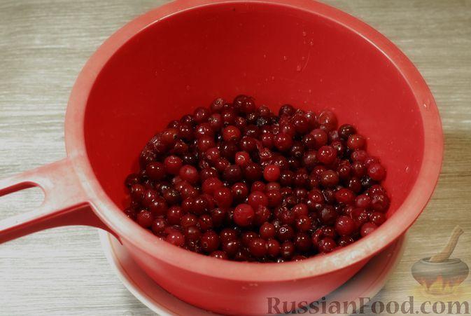 Фото приготовления рецепта: Клюквенный джем (на зиму) - шаг №2