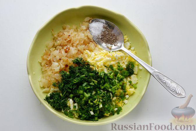 Фото приготовления рецепта: Бутерброды с яично-луковой намазкой - шаг №8