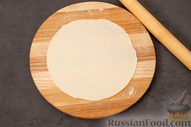 Фото приготовления рецепта: Кутабы с начинкой из творога и зелени - шаг №12