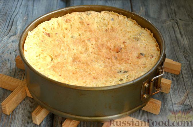 Фото приготовления рецепта: Дрожжевой картофельный хлеб с беконом и зелёным луком - шаг №12
