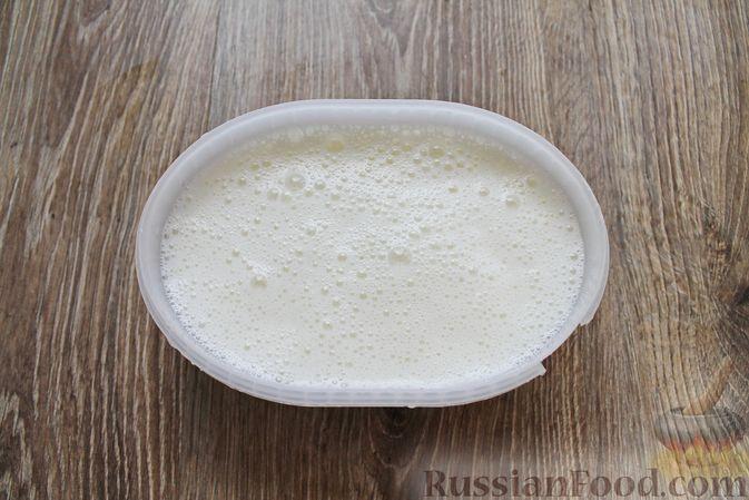 Фото приготовления рецепта: Мороженое из простокваши - шаг №7