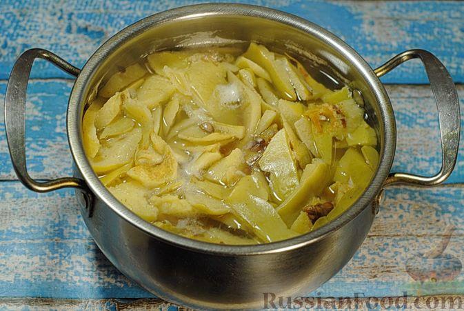 Фото приготовления рецепта: Варенье из айвы с апельсином - шаг №6