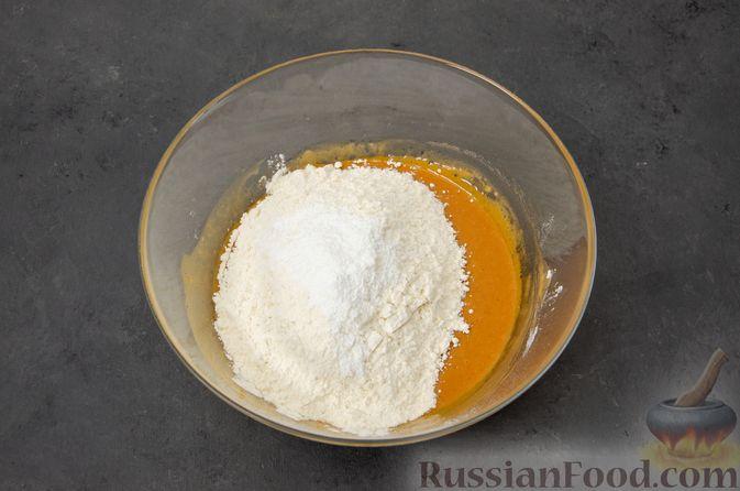 Фото приготовления рецепта: Карамельные пряники из заварного теста, с молочной глазурью - шаг №9