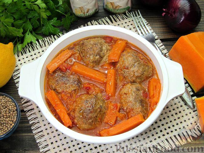 Фото приготовления рецепта: Мясные тефтели в томатно-тыквенным соусе - шаг №26