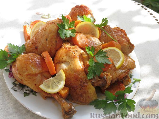Фото приготовления рецепта: Курица, запечённая с тыквой, морковью и лимоном (в рукаве) - шаг №7