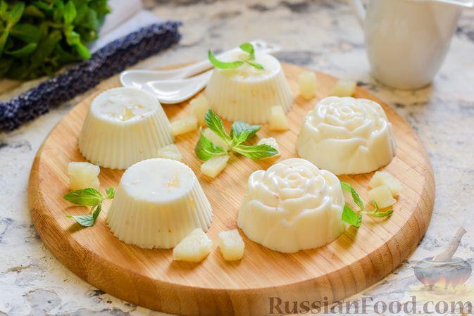 Фото приготовления рецепта: Молочное желе с ананасами - шаг №9
