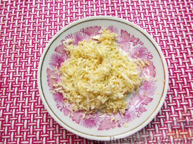 Фото приготовления рецепта: Картошка, тушенная с куриными сердечками - шаг №4