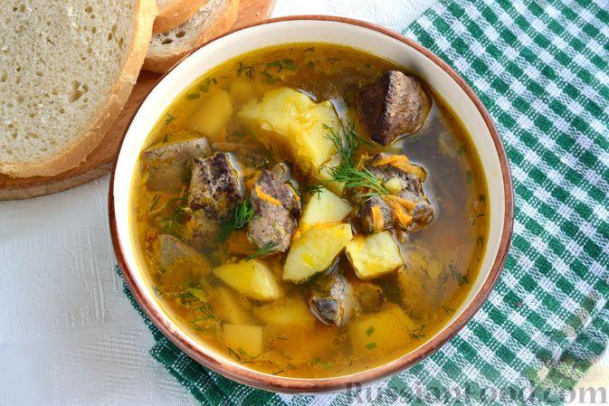 Фото приготовления рецепта: Картошка, тушенная со свиной печенью - шаг №12