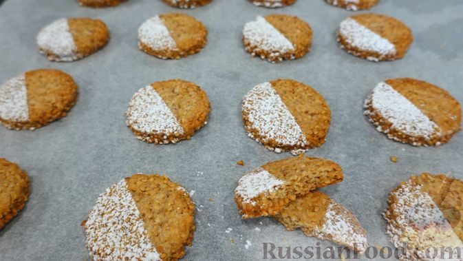Фото к рецепту: Кунжутное печенье на скорую руку (постная выпечка)