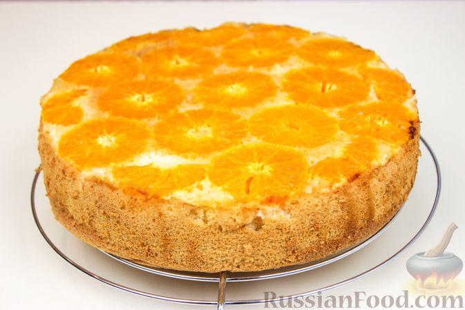 Фото приготовления рецепта: Пирог с мандаринами - шаг №7