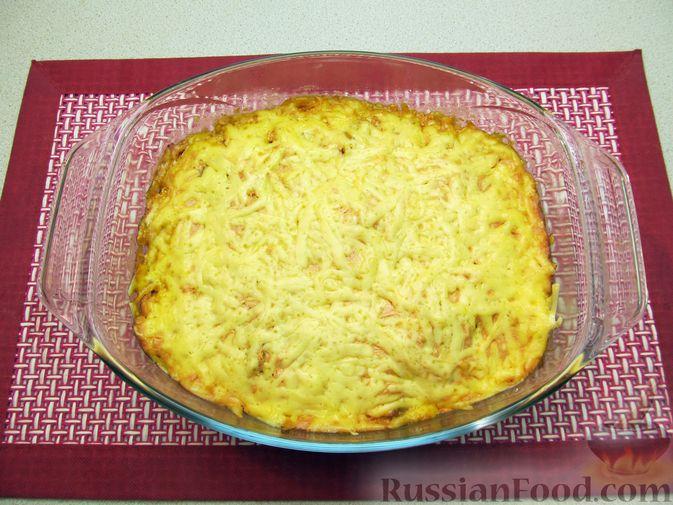 Фото приготовления рецепта: Свиная печень, запечённая с морковью, луком и сыром - шаг №17