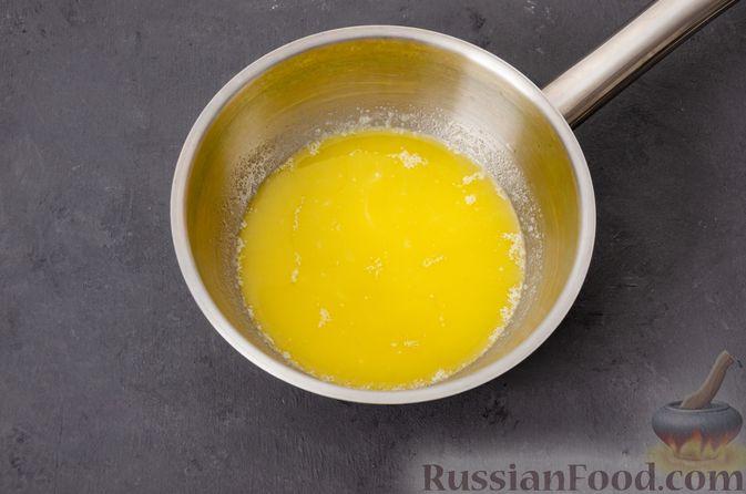 Фото приготовления рецепта: Яблочное печенье с мёдом, сухофруктами и орехами - шаг №3