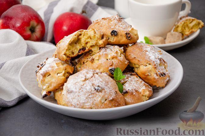 Фото приготовления рецепта: Яблочное печенье с мёдом, сухофруктами и орехами - шаг №17