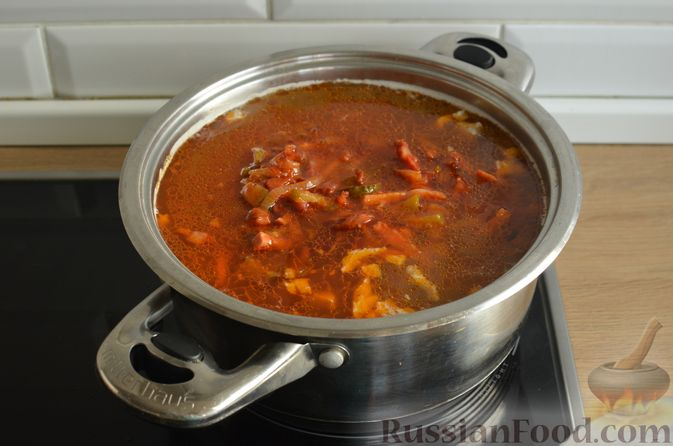Фото приготовления рецепта: Мясная солянка - шаг №13