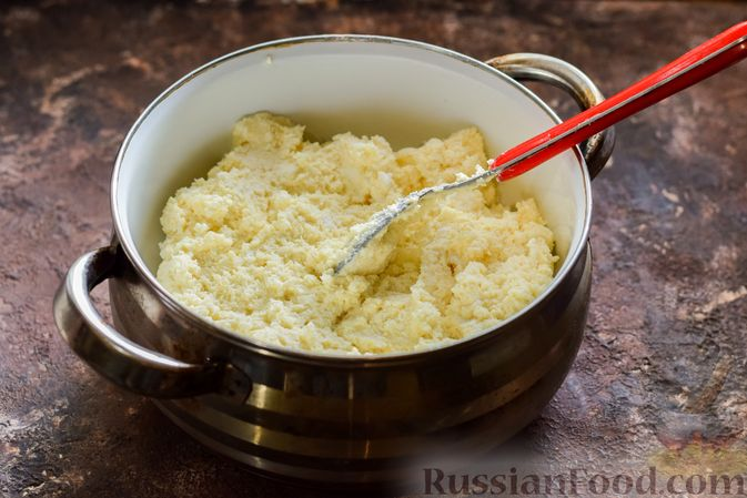 Фото приготовления рецепта: Творожный плавленый сыр - шаг №8