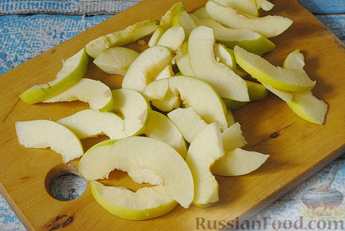 Фото приготовления рецепта: Айвовое варенье - шаг №4