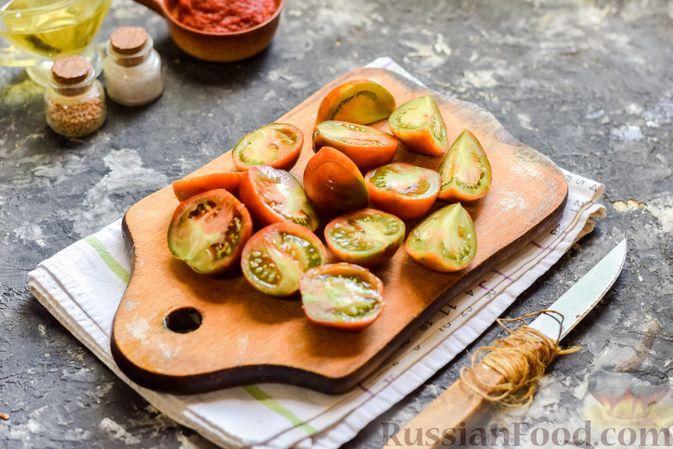 Фото приготовления рецепта: Щи из свежей капусты со свининой и помидорами - шаг №3