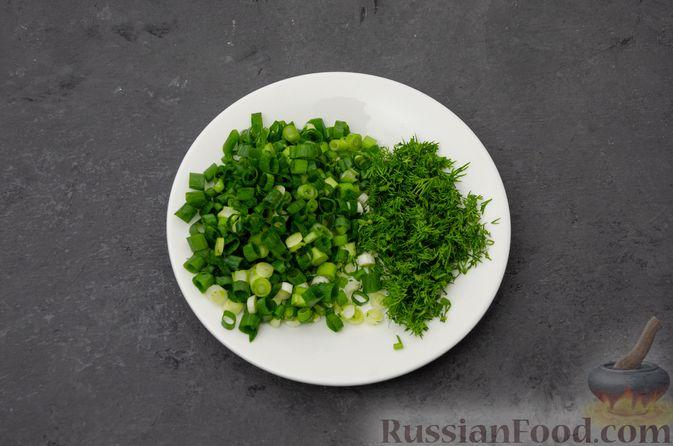 Фото приготовления рецепта: Куриный суп с картофелем - шаг №9