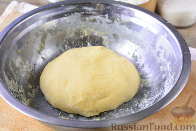 Фото приготовления рецепта: Песочное печенье на растительном масле - шаг №8