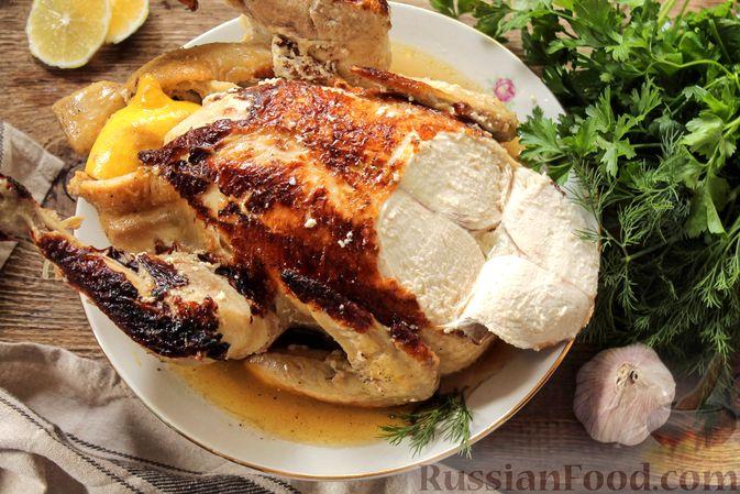 Фото к рецепту: Курица, запечённая в молоке с пряностями