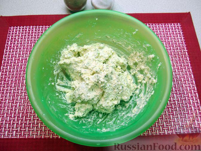Фото приготовления рецепта: Несладкие ленивые вареники с томатным соусом - шаг №5
