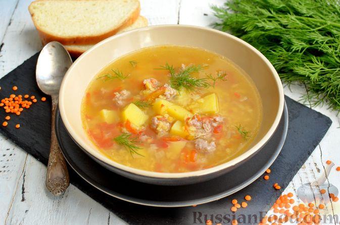Фото приготовления рецепта: Суп с чечевицей и мясным фаршем - шаг №16