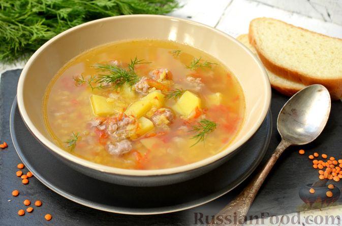 Фото приготовления рецепта: Суп с чечевицей и мясным фаршем - шаг №17