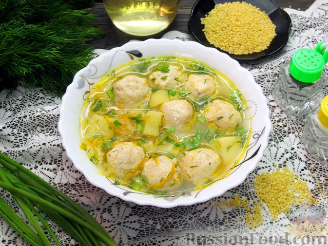 Фото приготовления рецепта: Суп с куриными фрикадельками и пшеном - шаг №18