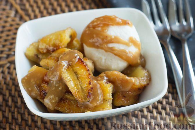 Фото к рецепту: Жареные бананы со сливочной карамелью и кунжутом