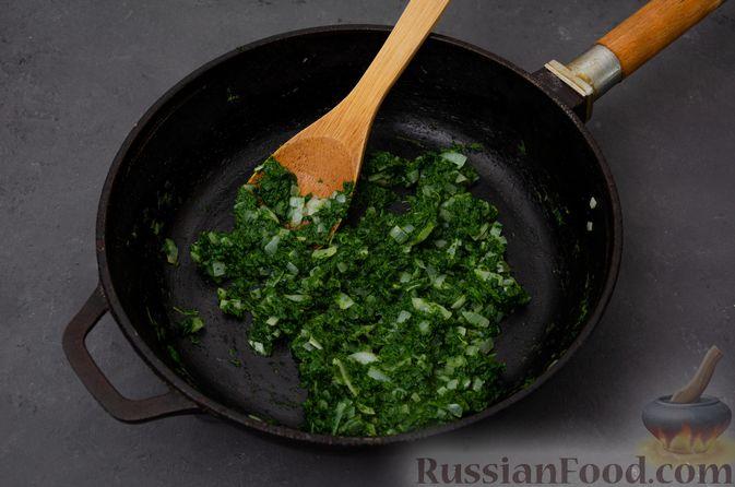 Фото приготовления рецепта: Картофельная запеканка с сёмгой и шпинатом - шаг №6